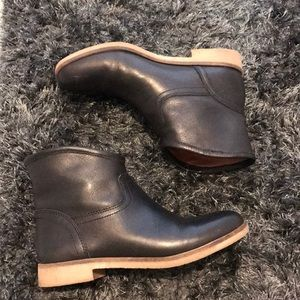 Lucky Brand black leather boots size 7